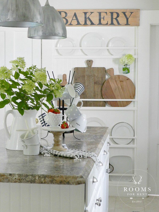 Farmhouse Kitchen Decor   Rooms FOR Rent Blog