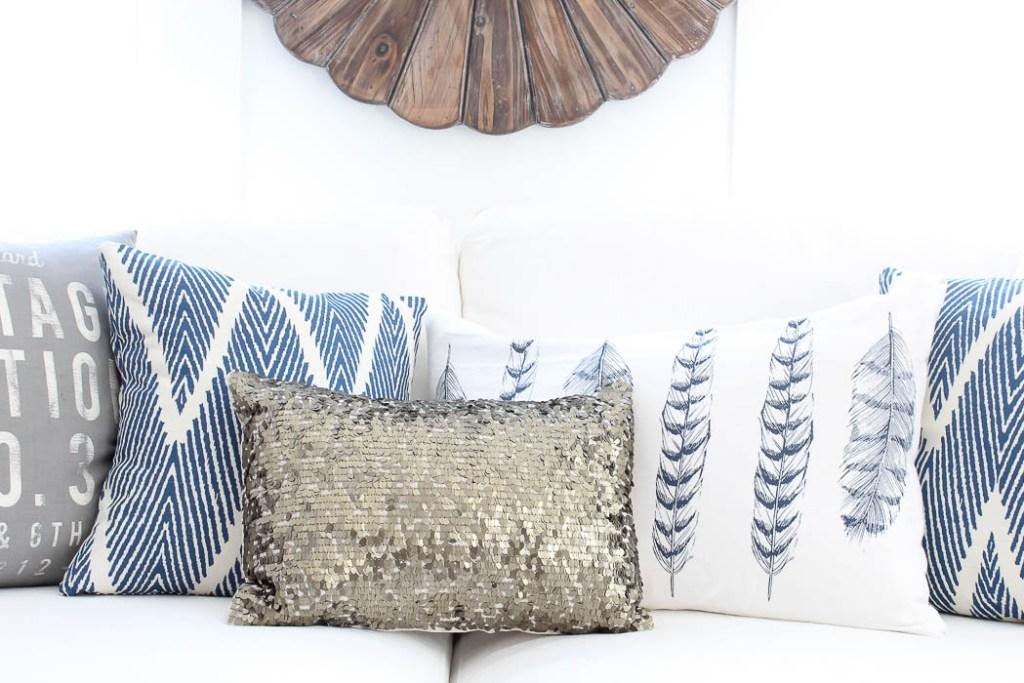 Fresh throw Pillows