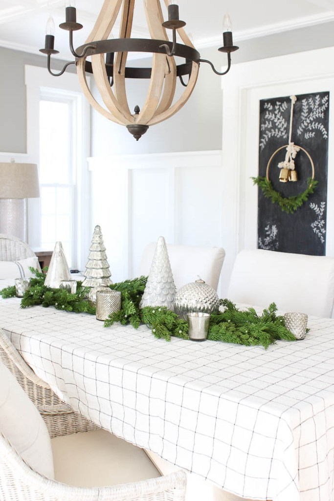 Christmas in the Dining Room {Part 2} | Rooms FOR Rent Blog