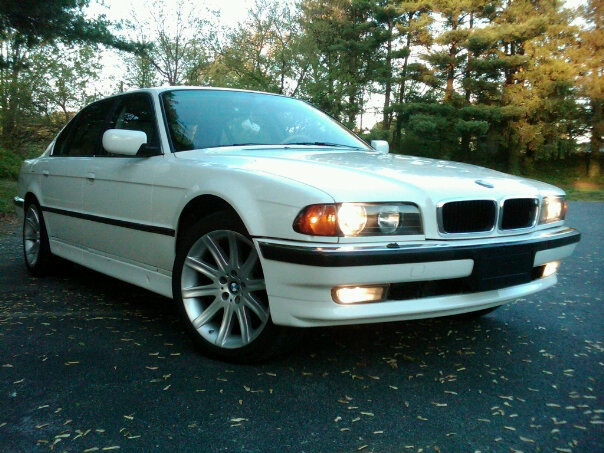 The Flagship. 1997 BMW 740iL (1/3)