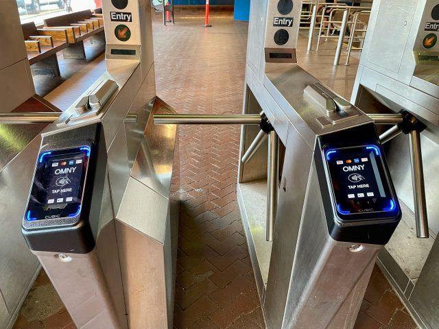 Roosevelt Island Tram MetroCard-only readers