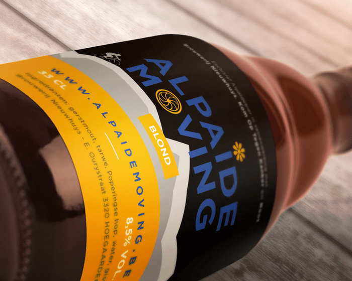Alpaide-moving-Mockup7-flesje-bier-liggend Conceptcreatie