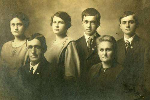 German Schuster Family