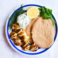 Falafel with Pita & Tzatziki