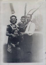 Hazel,Jack,LauraGai, Jackie 1939