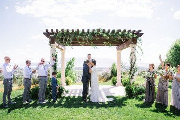 ceremony-installation-roots-floral-design-3