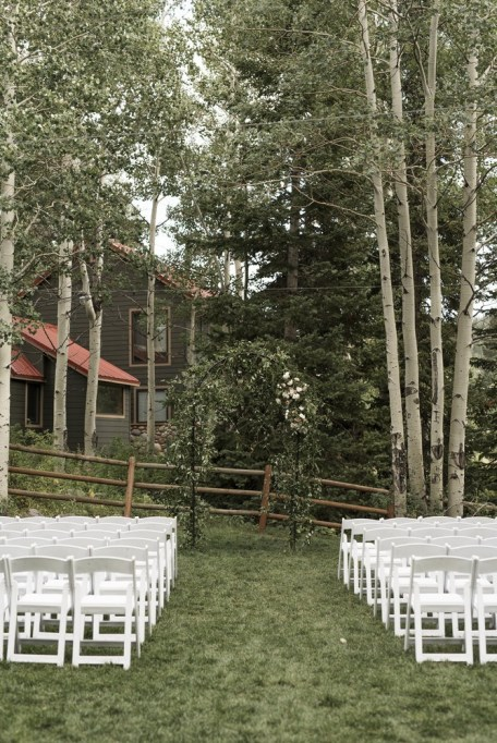 ceremony-installation-roots-floral-design-5