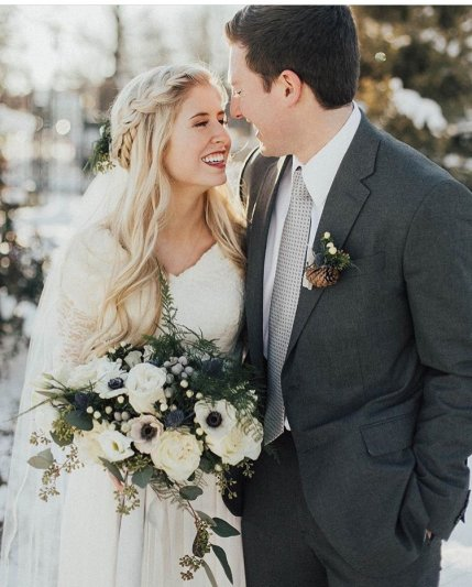 wedding-bouquets-roots-floral-design-11