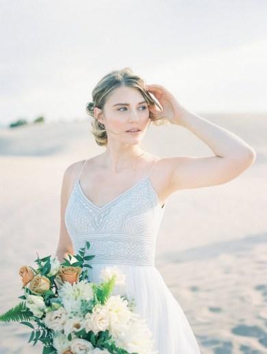 wedding-bouquets-roots-floral-design-3