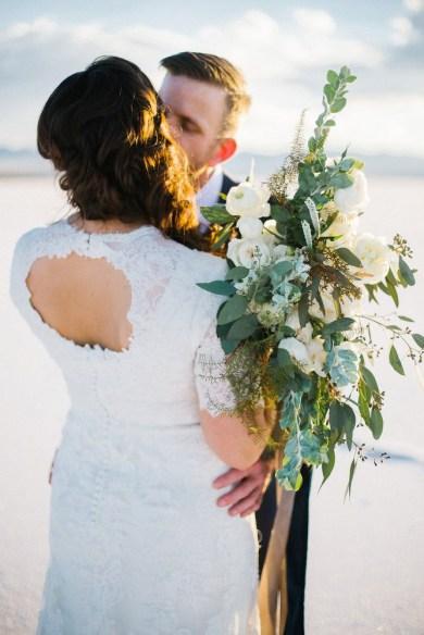wedding-bouquets-roots-floral-design-4