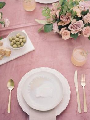 wedding-centerpieces-roots-floral-design-2