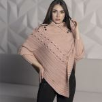 3545-ruana-palo-de-rosa-cuello-ingles-mujer-moderna-moda-invierno