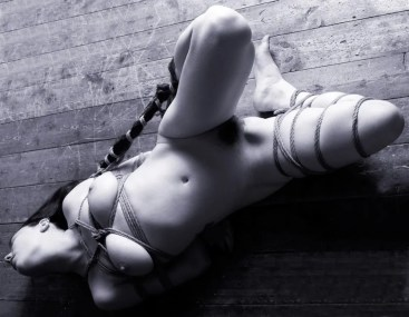 Gestalta in Japanese rope bondage, floor bondage, hair bondage