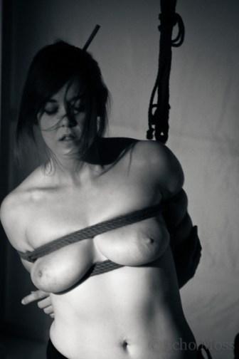 Shibari performance at the London Festival of the art of Japanase bondage.