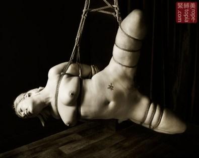 MeadFairy Shibari bondage session