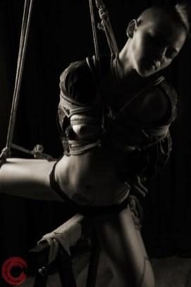 Torture bondage (semi nawa) riding the rope horse