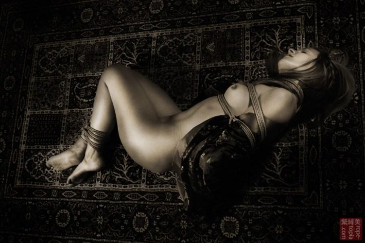 Floor bondage Shibari