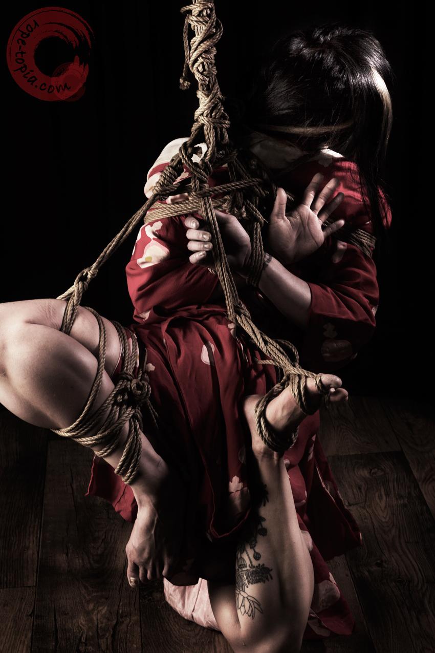 Shibari bondage, suspension in takatekote & futomomo. Model Xian.