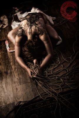 Gorgone shibari bondage shoot