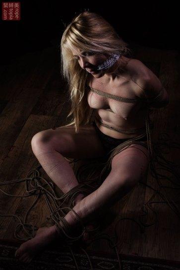 Iongantas. Gagged and bound, shibari bondage