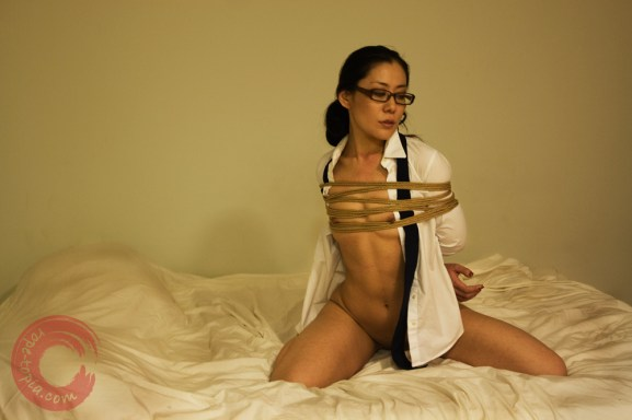 Japanese secretaty bondage. Shibari.