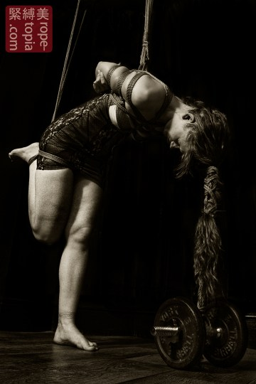 Assymetric shibari partial suspension with hair bondage