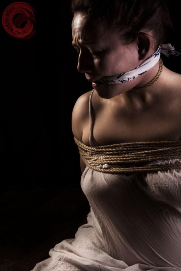 Sophia Shibari tenugui gag and tight rope