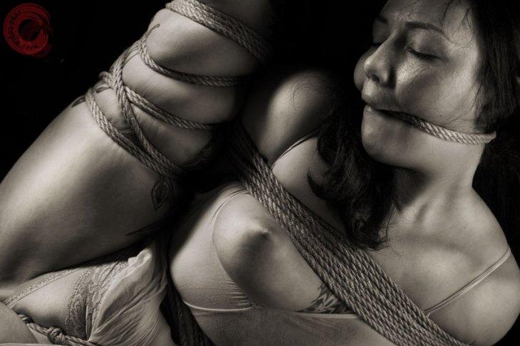 Sophia Shibari hard tied and rope gagged