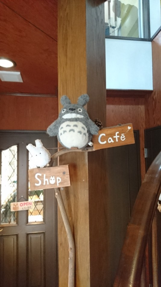 In the Totoro Creampuffs cafe