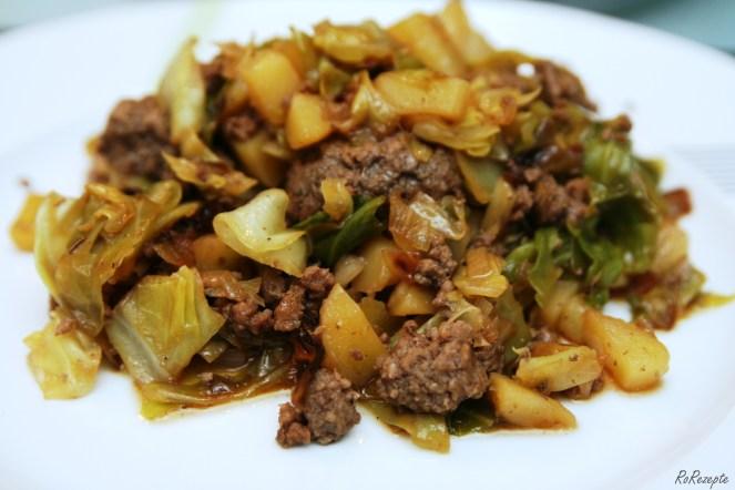 Hackfleisch-Kohl-Pfanne - Kiss & Cook in Schottland
