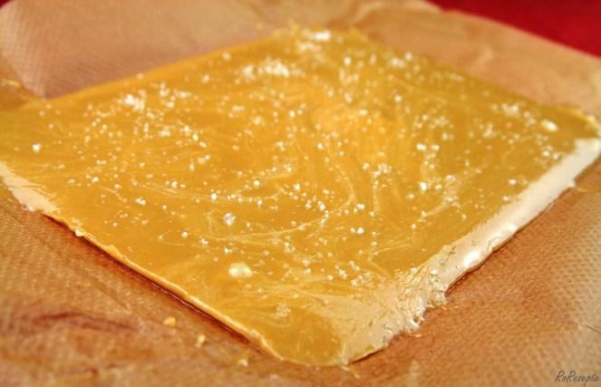 Flødekarameller -Salz-Sahnebonbons - Eine Tüte buntes Glück