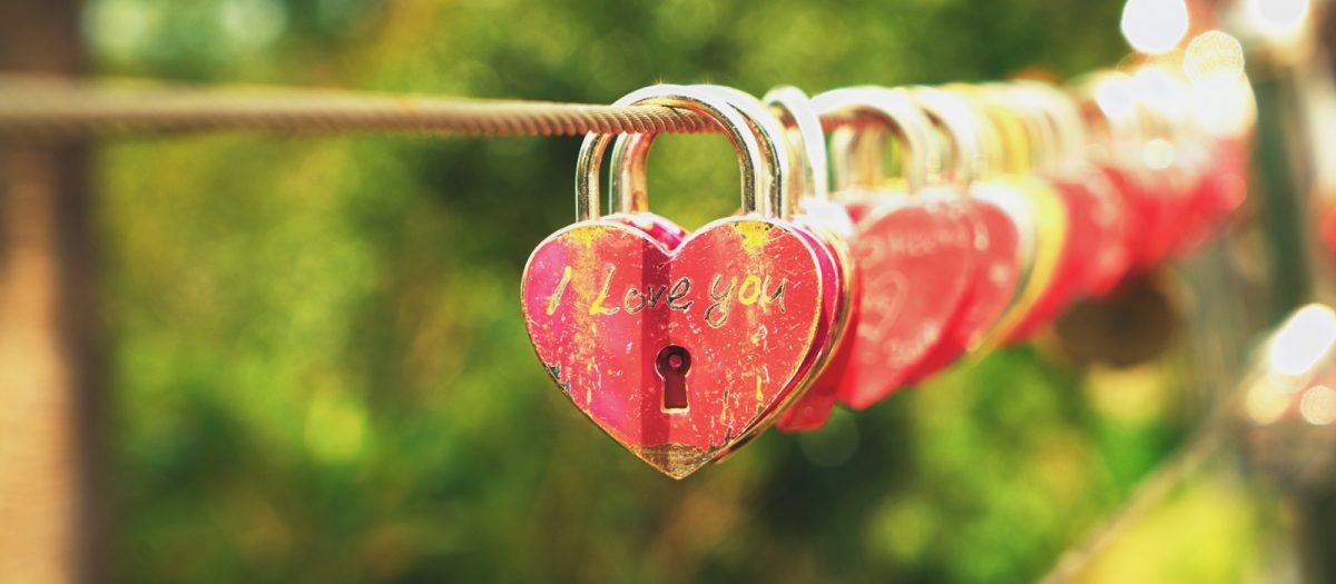 Read more about the article Como atrair o amor? Eliminando a crença: Não e fácil se relacionar.