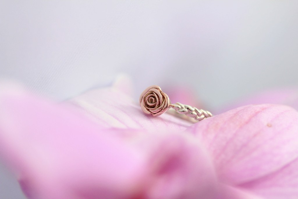 rose whir ring 7 copy