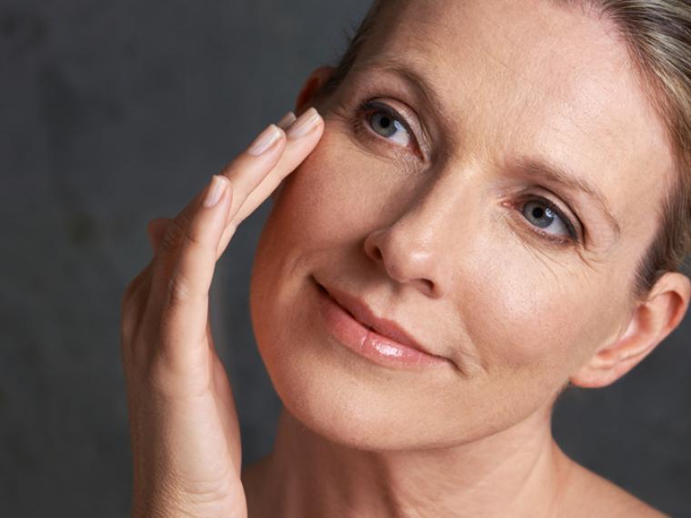 Mejores tratamientos antiarrugas en Almería | Rosa Lombardero