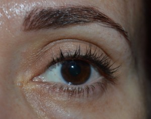 Explosion de Pestañas ojo Maybelline