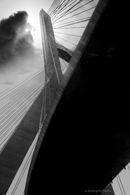 Ponte Estaiada - São Paulo, Brasil
