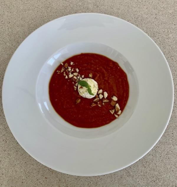 Bagt tomatsuppe