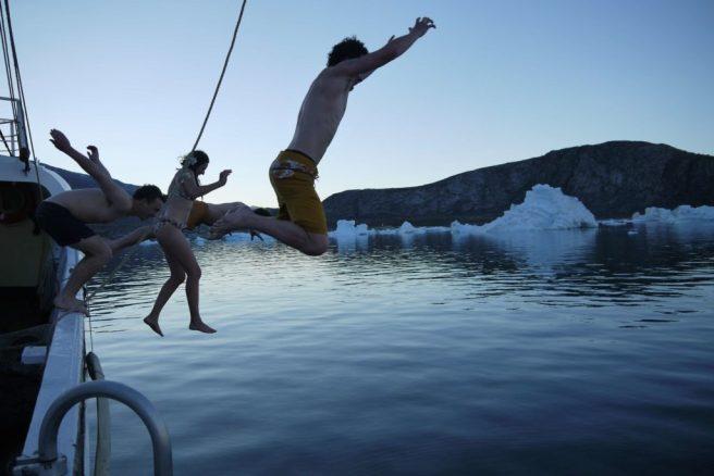 Bad im Polarmeer, Grönland