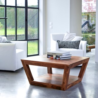 Une table basse style colonial