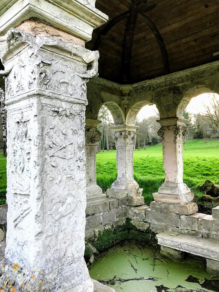 Fontaine Saint-Thibault
