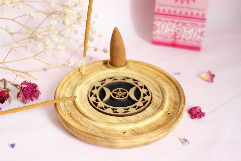 Porte encens artisanal en bois triple lune