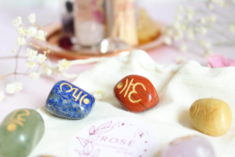 Kit pierres semi-précieuses 7 Chakras sanskrit
