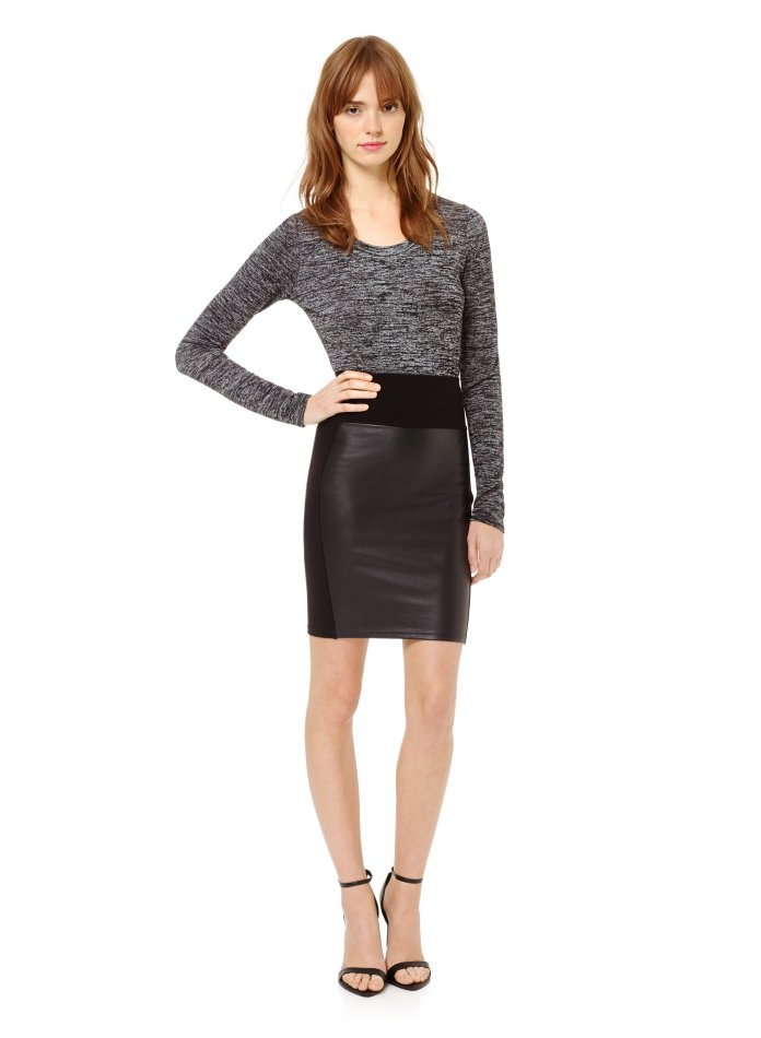 Aritzia WILFRED FREE MILLA SKIRT Reg. $95 Now$65, windsor,ontario,style,details,rose city, fashion,lifestyle, fashion blog, lifestyle blog, canadian blog, ontario blog, windsor blog