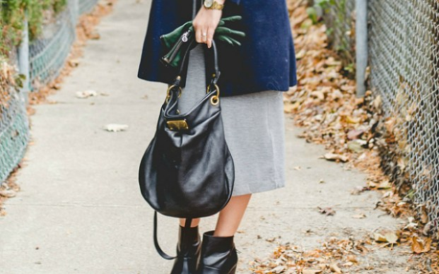 rose-city-style-guide-fashion-lifestyle-blog-canadian-jersey-grey-dress-navy-coat-black-botties-black-wool-hat-marc-jacobs-crossbody-purse.1