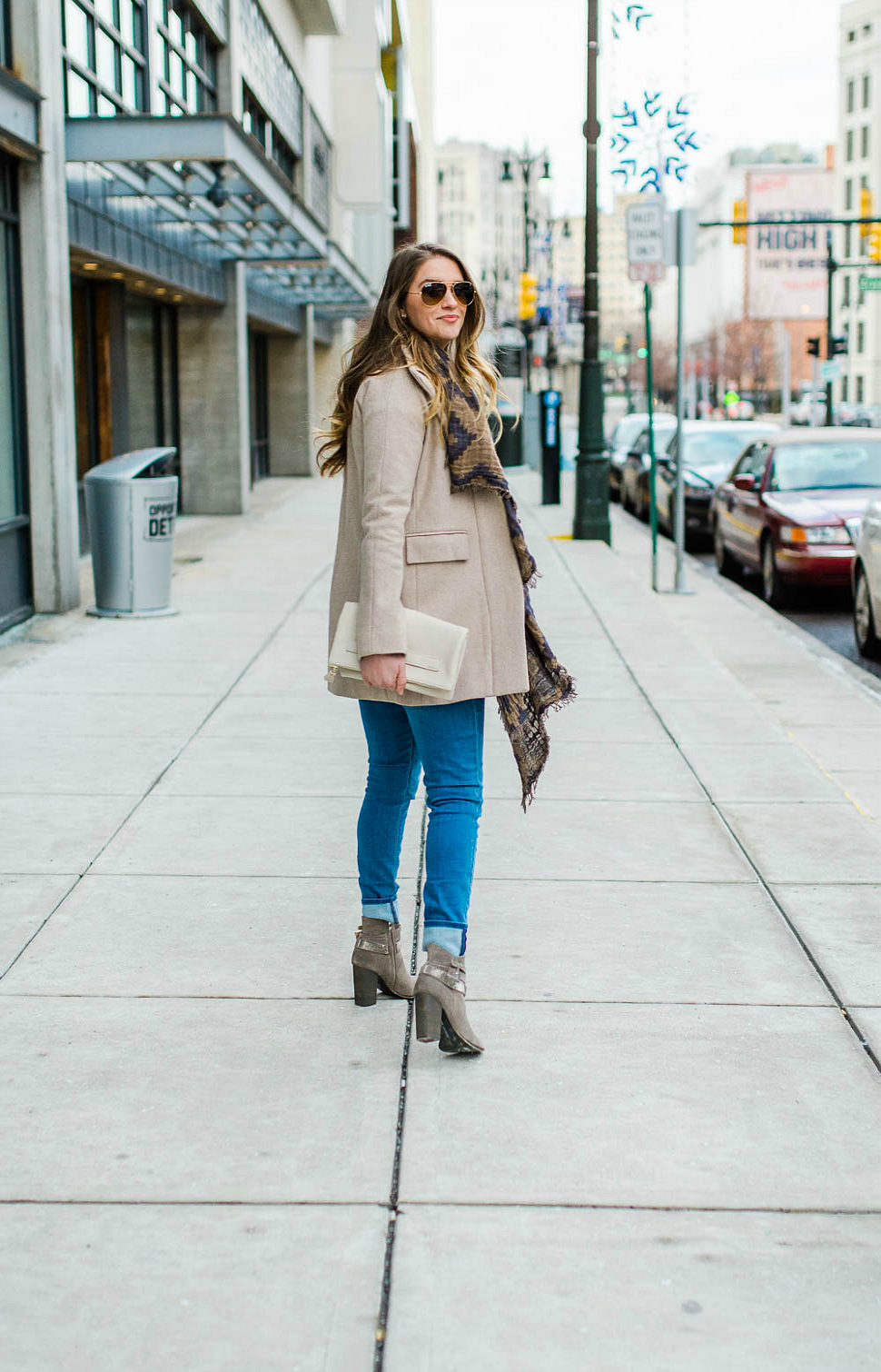 chinese-laundry-boots-hudson-jeans-jcrew-stadium-cloth-coat-aritzia-scarf-rosecitystyleguide