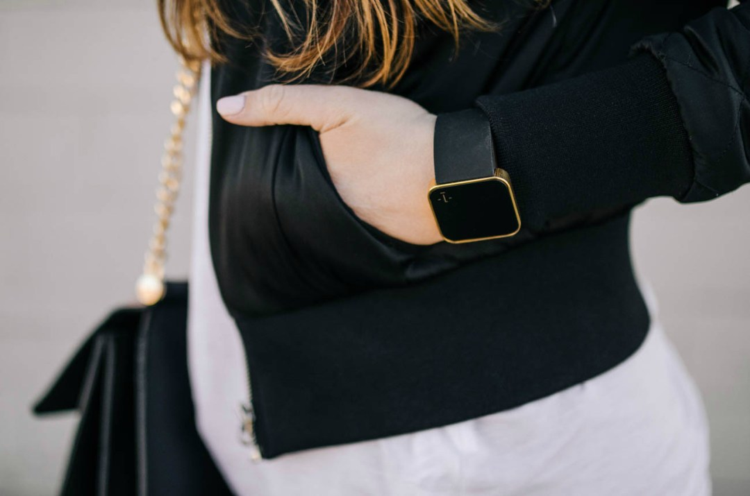 athleisure-1face-watch-rosecitystyleguide-canadian-blogger-fashion-lifestyle-review-style
