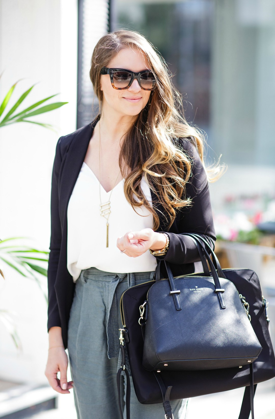 working-girl-office-outfit-wide-leg-pants-black-blazer-celine-sunglasses-kate-spade-laptop-bag-rosecitystyleguide-canadian-blogger-9