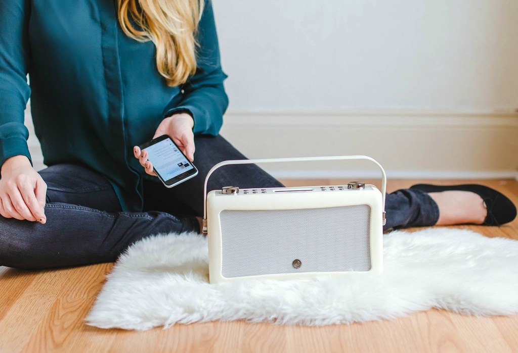 vq-audio-giveaway-bluetooth-speaker-rose-city-style-guide-canadian-blogger-lifestyle-blog-1