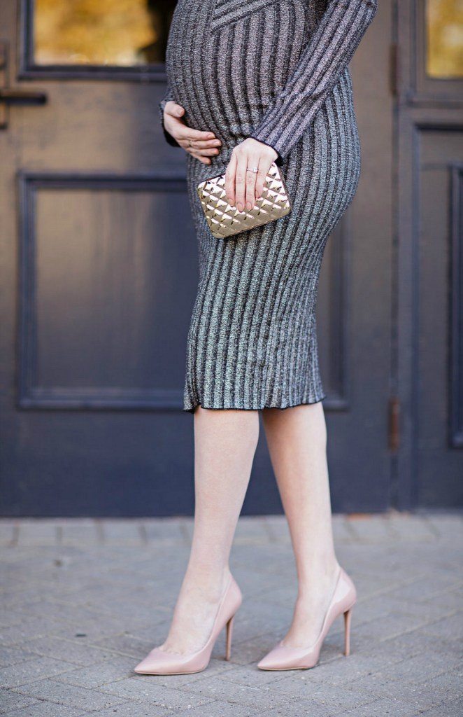 pregnancy-holiday-outfit-maternity-new-years-eve-dress-rosecitystyleguide-christmas-style-ltkbump-4