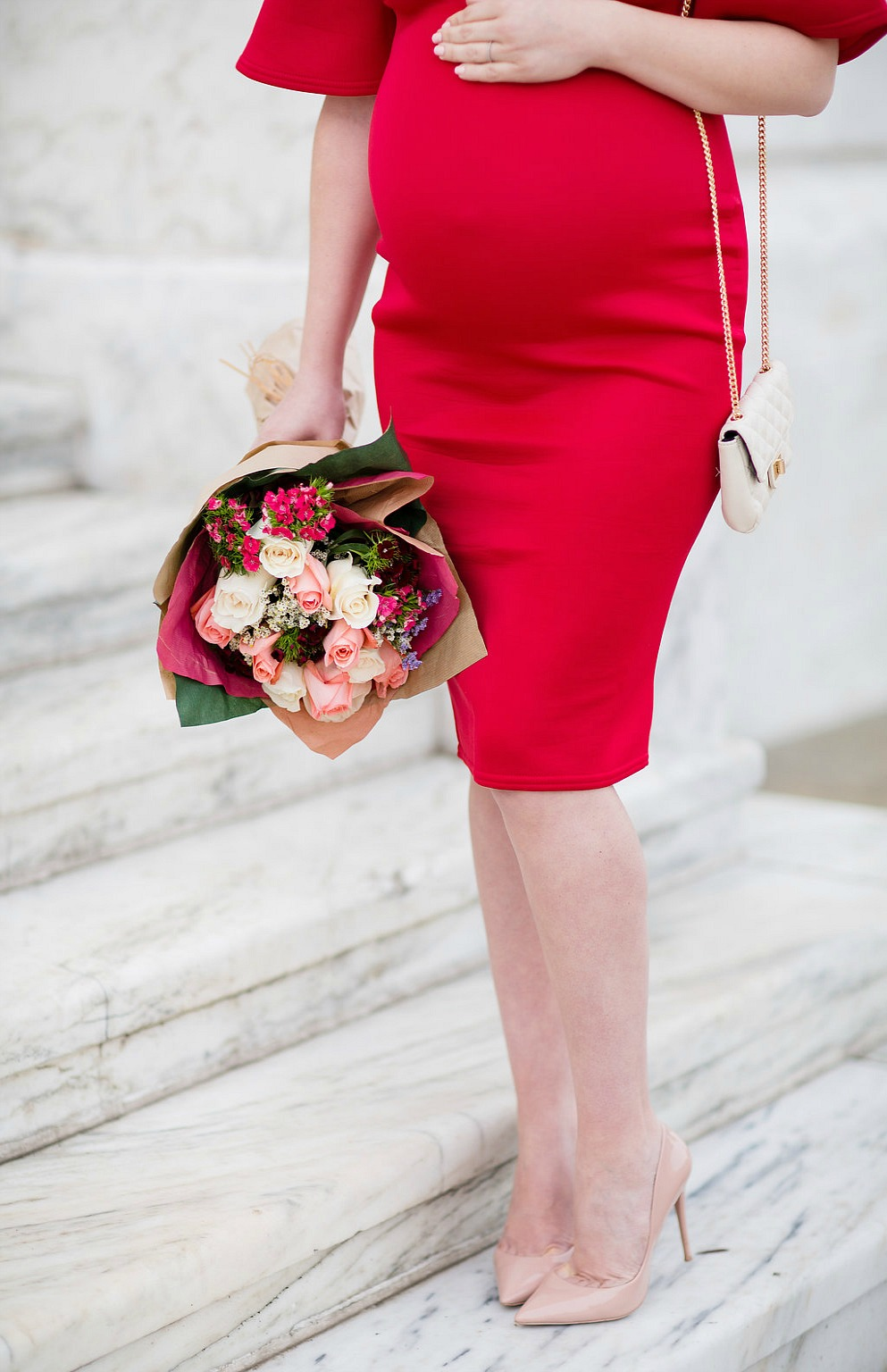 valentines-day-maternity-fashion-outfit-pregnancy-style-rose-city-style-guide-red-dress-gift-guide-canadian-blogger